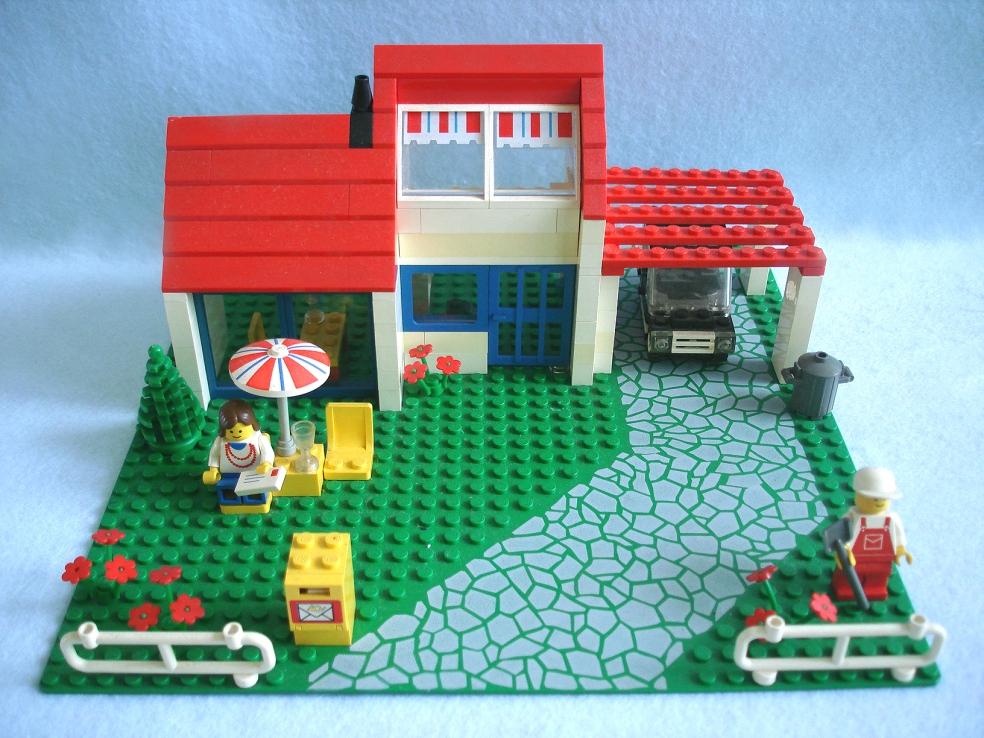 Lego home building
