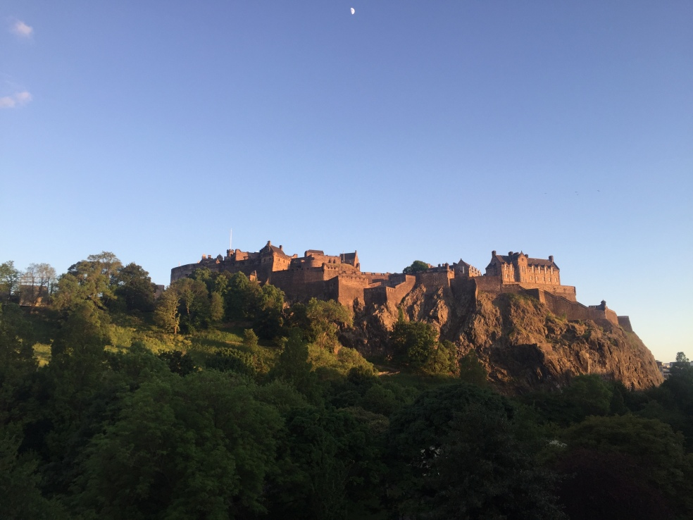 Picture of Edinburgh Castle, town of the joint 40th birthdays